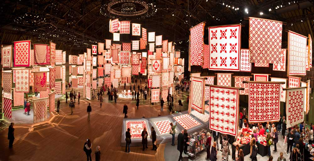 Infinite Variety: Three Centuries of Red and White Quilts ... : quilts nyc - Adamdwight.com
